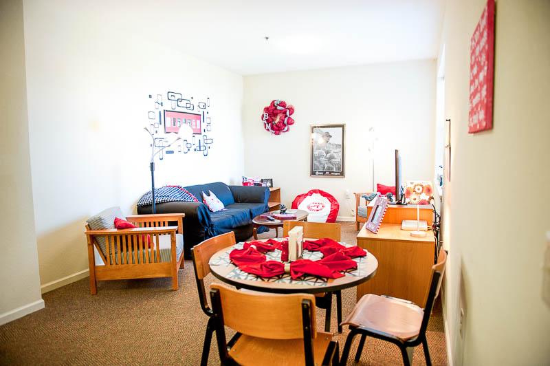 Merveilleux UA Riverside Suite